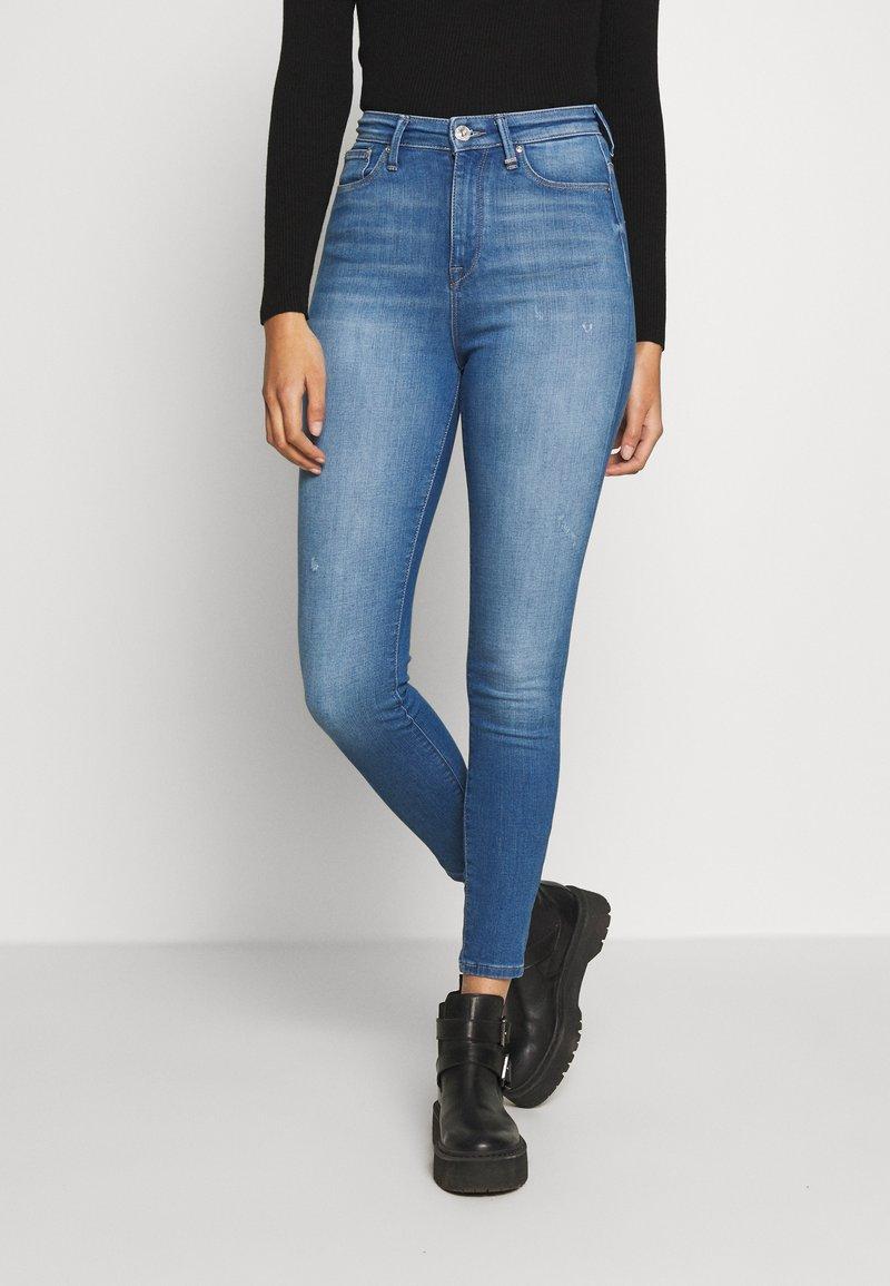 ONLY - ONLGOSH - Jeans Skinny Fit - medium blue denim
