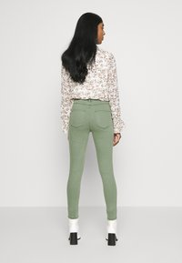 ONLY - ONLMILA  - Jeans Skinny Fit - kalamata - 2