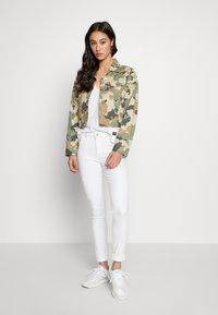 ONLY - ONLBLUSH MID  - Jeans Skinny Fit - white - 1