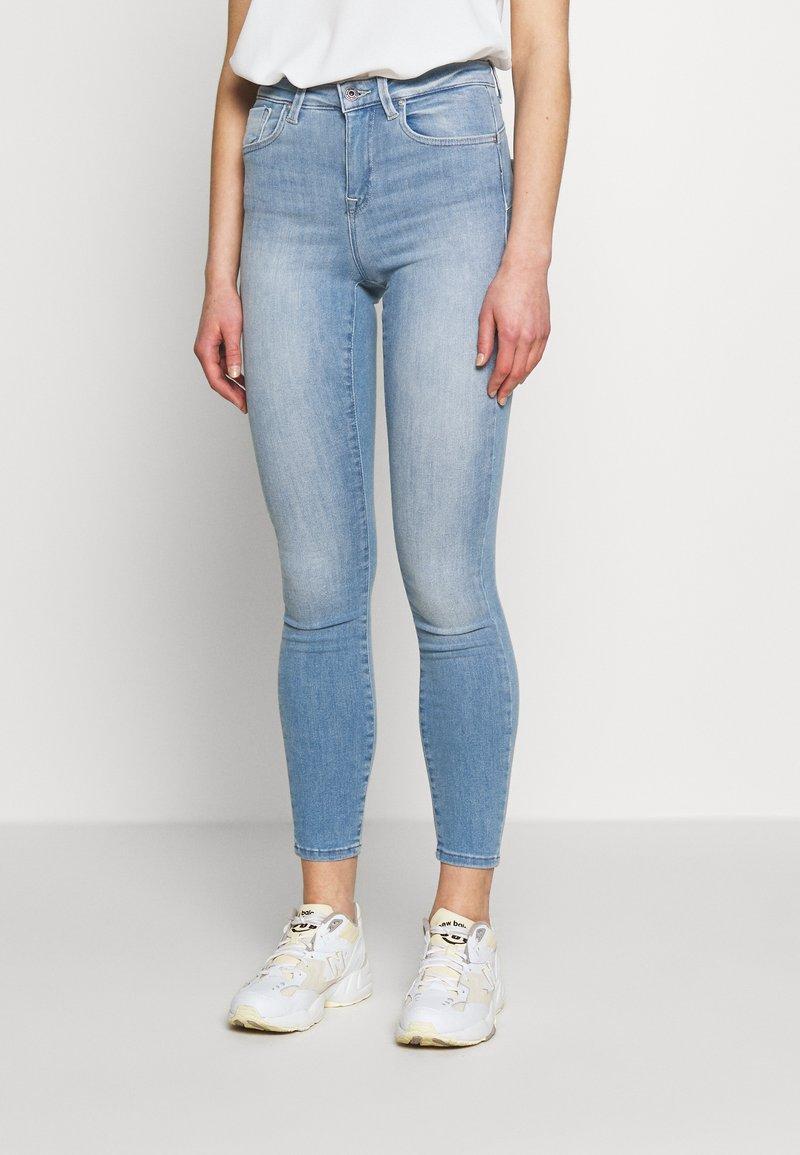 ONLY - ONLPOWER MID PUSH UP - Jeans Skinny Fit - light blue denim