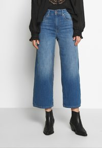 ONLY - ONLMADISON CROP - Jeans bootcut - dark blue denim - 0