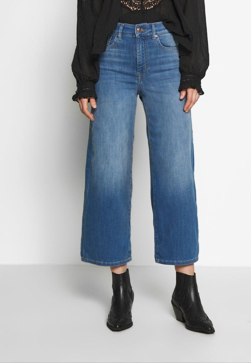 ONLY - ONLMADISON CROP - Jeans bootcut - dark blue denim