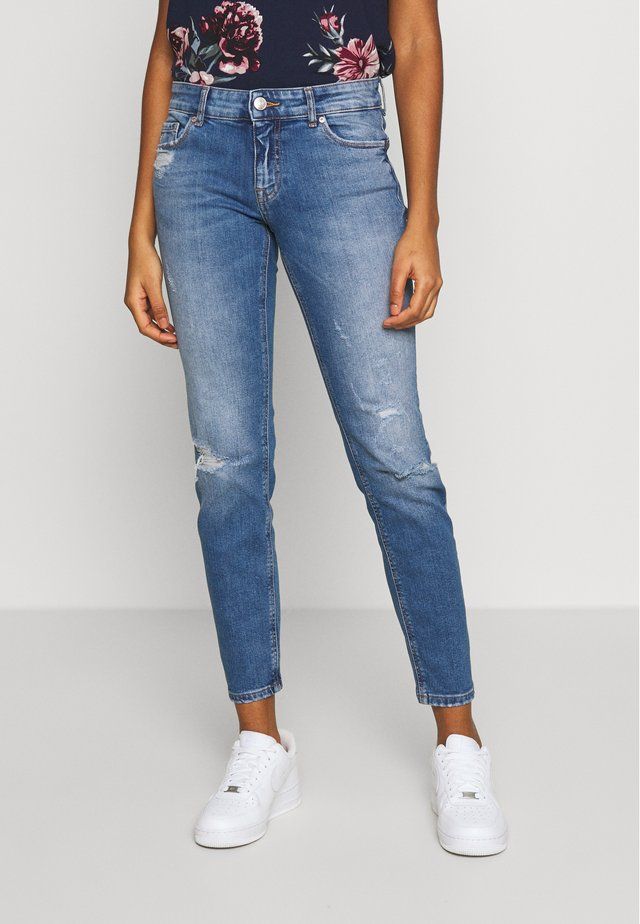 ONLEVA ANA - Vaqueros pitillo - medium blue denim