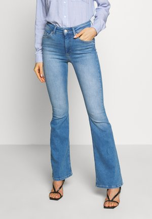 ONLBLUSH RETRO FLARED - Džíny Bootcut - light blue denim