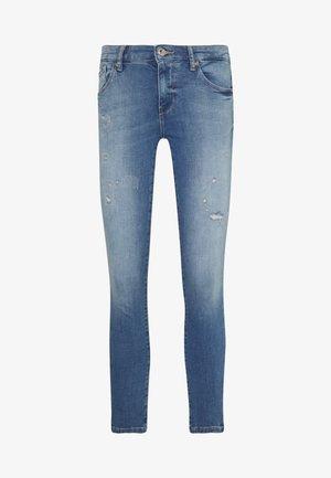 ONLCARMEN JOGG - Jeans Skinny Fit - light blue denim