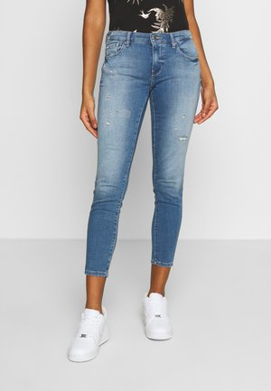 ONLCARMEN JOGG - Jeans Skinny Fit - light blue denim