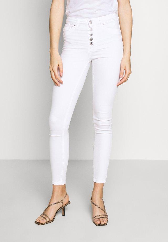 ONLBLUSH BUTTON  - Jeans Skinny Fit - white
