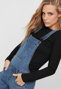ONLY - Dungarees - medium blue denim - 3