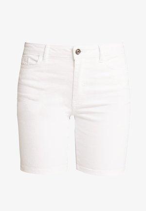 ONLCORIN MIDWAIST BOX  - Short en jean - white denim