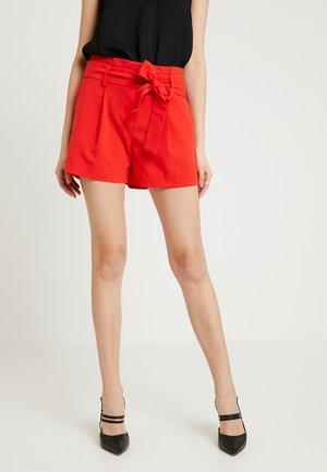ONLFINI PAPERBAG - Shorts - flame scarlet
