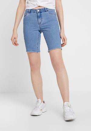 ONLAMAZE BERMUDA - Shorts vaqueros - light blue denim