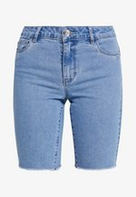 ONLAMAZE BERMUDA - Denim shorts - light blue denim