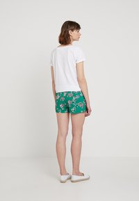 ONLY - ONLNOVA WITHOUT BELT - Shorts - simply green - 2