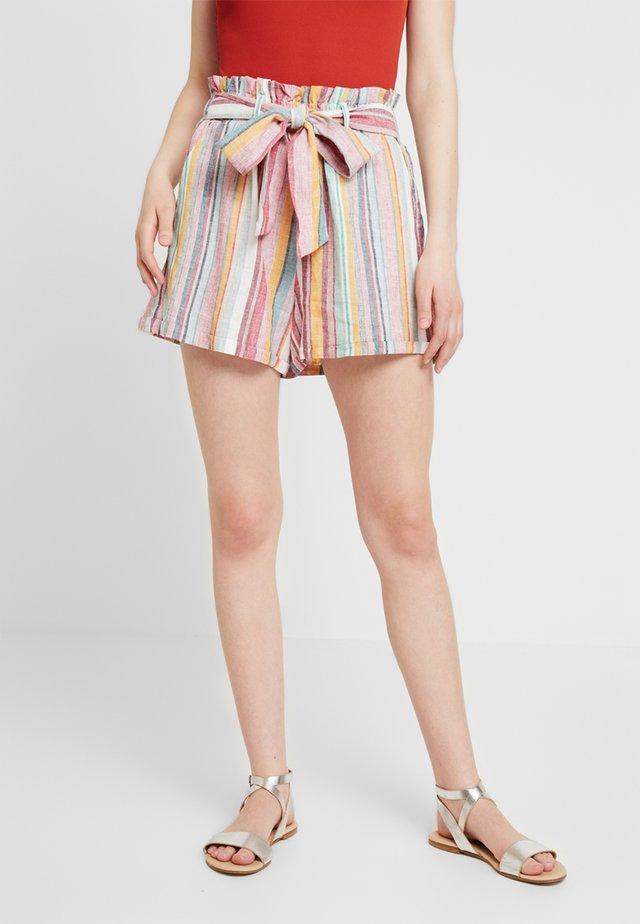 ONLRHONDA  - Shorts - mango mojito