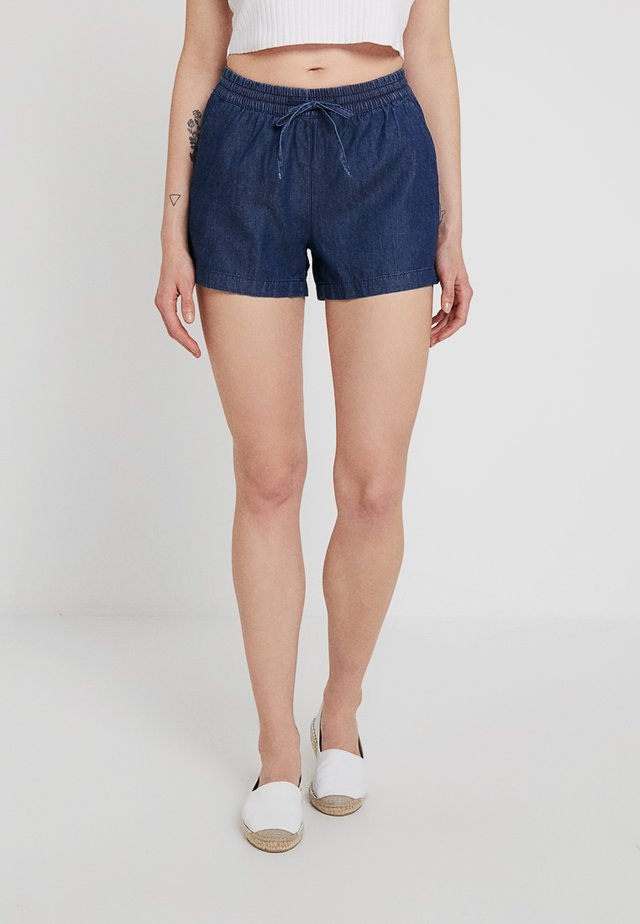 ONLPEMA BOX - Shorts - medium blue denim