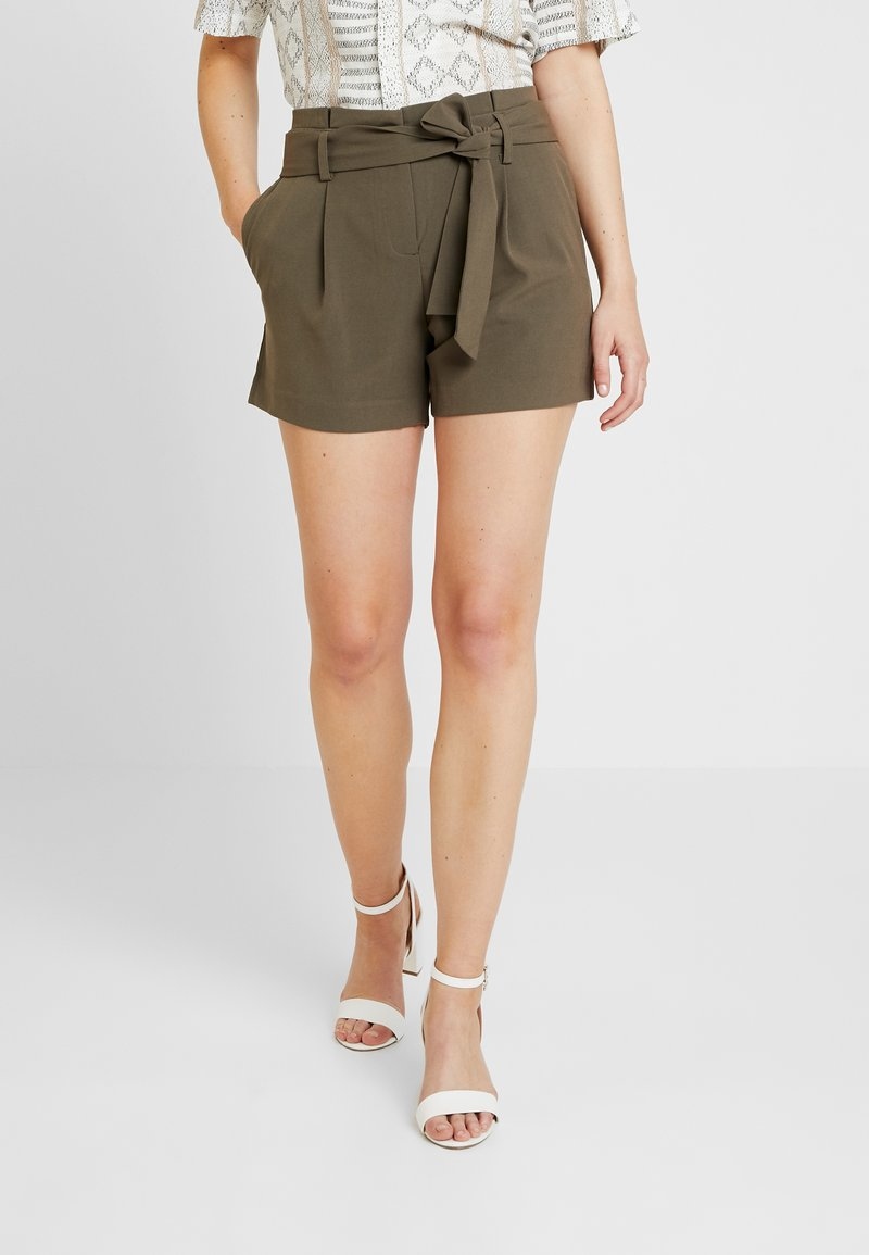 ONLY - ONYTINI PAPERBAG - Shorts - tarmac