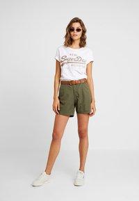 ONLY - ONLMELLOW - Shorts - kalamata - 1