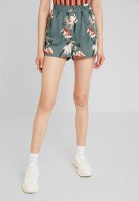 ONLY - ONLELEONORA - Shorts - balsam green - 0