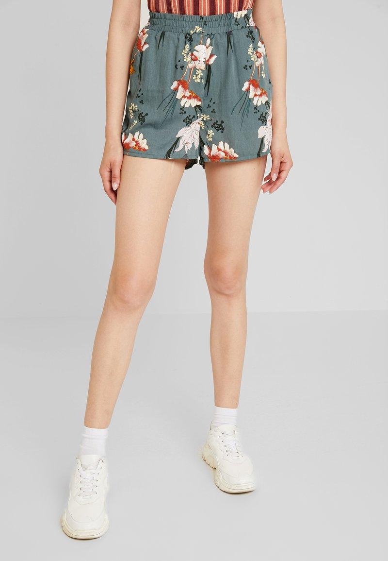 ONLY - ONLELEONORA - Shorts - balsam green