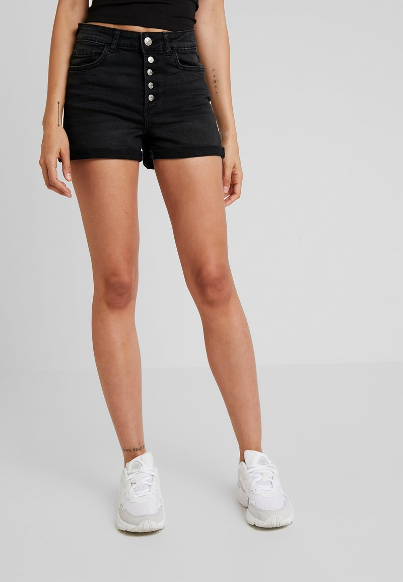 ONLY - ONLHUSH BUTTON BOX - Jeans Shorts - black denim