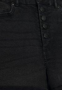 ONLY - ONLHUSH BUTTON BOX - Shorts di jeans - black - 2