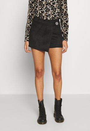 ONLBAILEY-ALINA FAUX SUEDE SKORTS  - Shorts - black