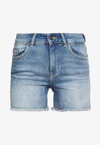 ONLY - ONLBLUSH RAW SHORTS  - Shorts di jeans - light blue denim - 4