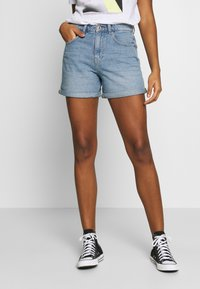 ONLY - ONLPHINE LIFE - Denim shorts - light blue denim - 0