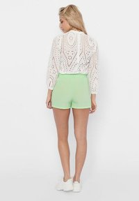 ONLY - PAPERBAG - Shorts - pastel green - 2