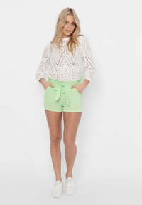 ONLY - PAPERBAG - Shorts - pastel green - 1