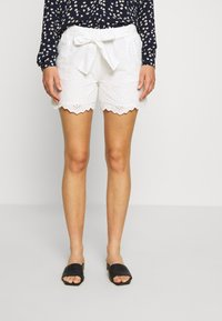 ONLY - ONLSHERY ANGLAIS - Shorts - cloud dancer - 0