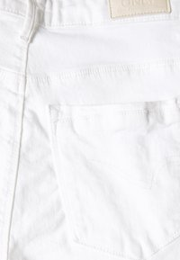ONLY - ONLPAOLA - Jeansshorts - white - 2