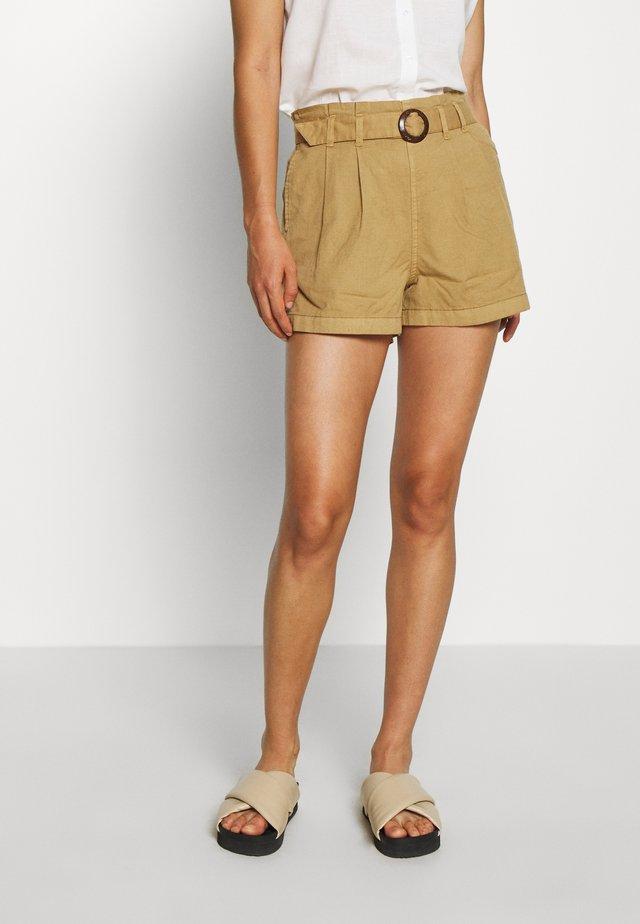 ONLKILEY NEOLA LIFE - Shorts - dijon