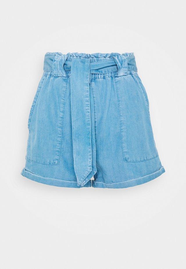 ONLMANHATTAN PAPERBAG - Shorts - light blue denim