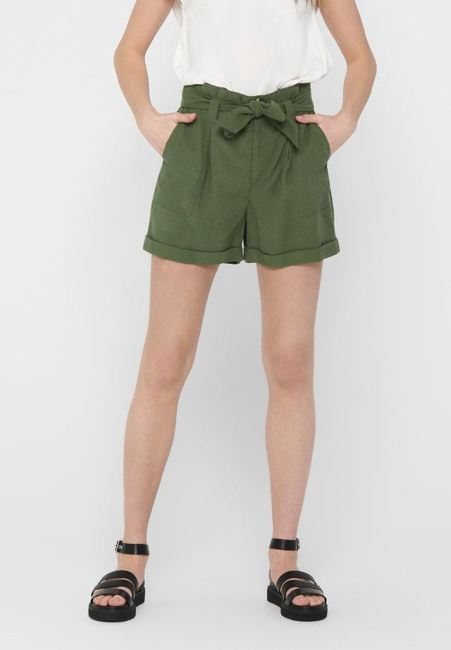 PAPERBAG - Shorts - grape leaf