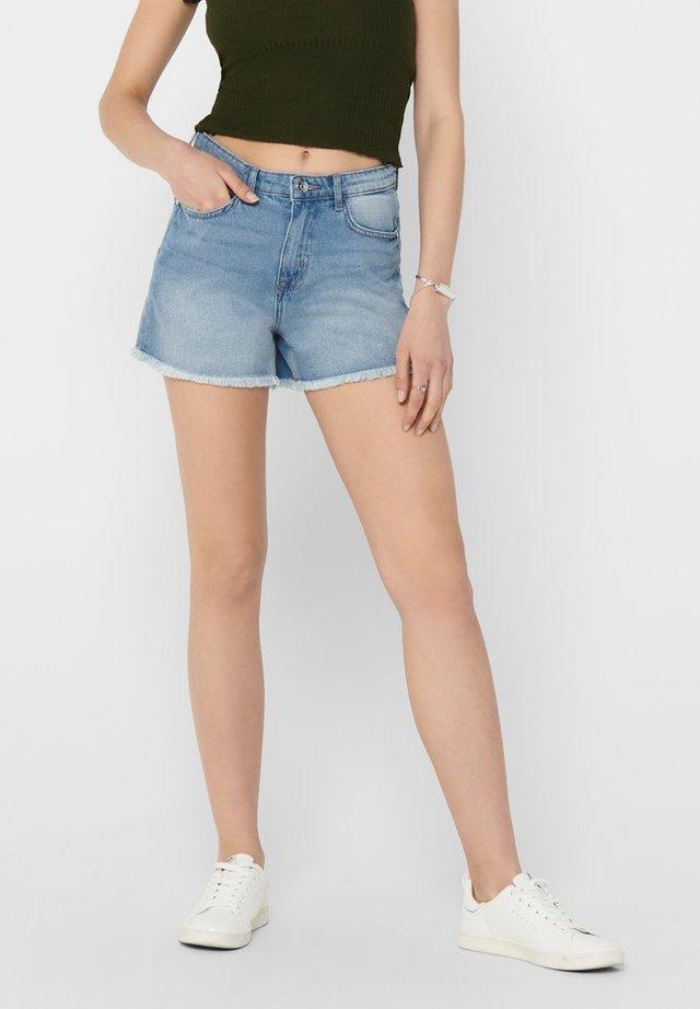 KELLY - Shorts vaqueros - light blue denim