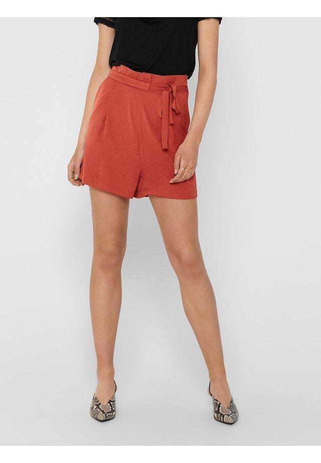 EINFARBIGE - Shorts - hot sauce