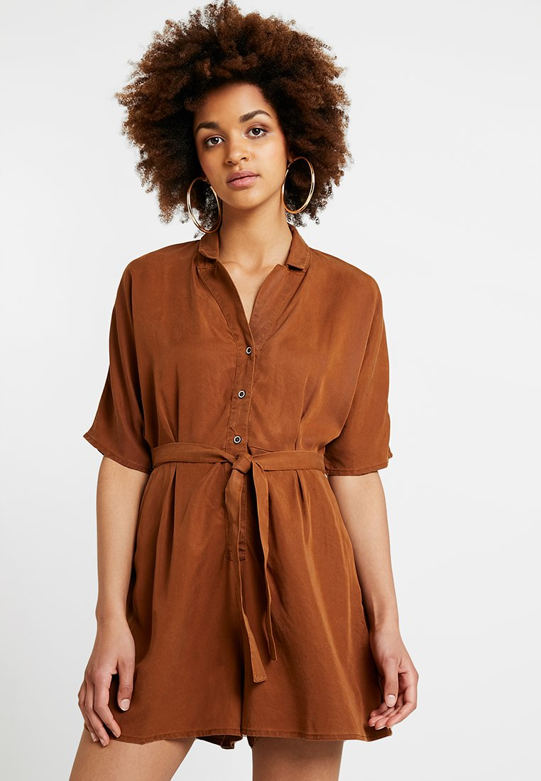 ONLY - ONLFCHILLI LIFE PLAYSUIT - Jumpsuit - toffee