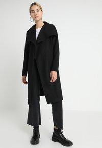 ONLY - ONLPHOEBE DRAPY COAT  - Classic coat - black - 0