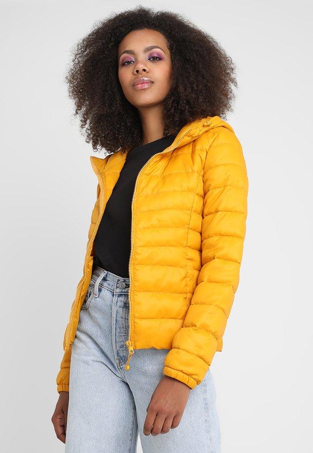 ONLTAHOE  - Chaqueta de invierno - golden yellow