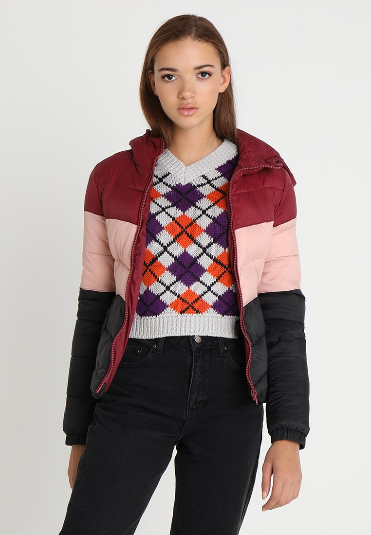 ONLY - ONYNORTH QUILTED PANEL HOOD - Jas - cordovan/misty rose/black