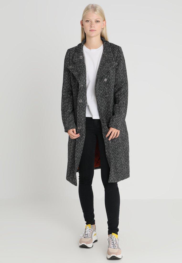 ONLY - ONLCINDY LONG COAT - Frakker / klassisk frakker - black melange