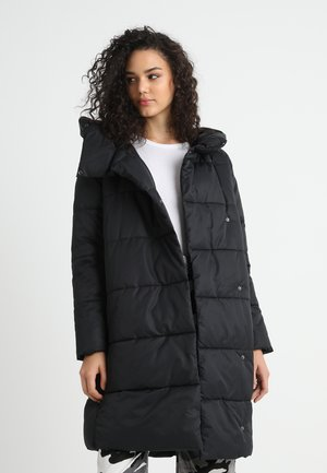 ONLJUNE QUILTED LONG JACKET - Vinterkåpe / -frakk - black