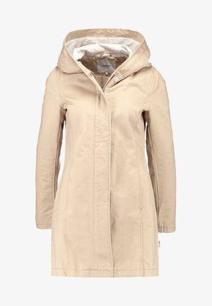 Short coat - humus
