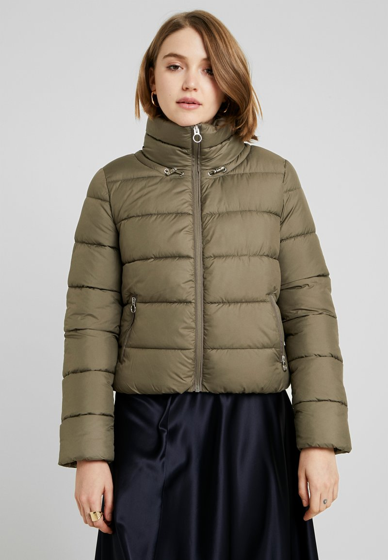 ONLY - ONLCAMMIE QUILTED JACKET - Light jacket - tarmac