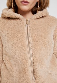 ONLY - ONLANNA CONTACT SHERPA JACKET - Winter jacket - cuban sand - 5
