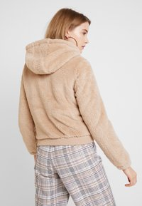 ONLY - ONLANNA CONTACT SHERPA JACKET - Winter jacket - cuban sand - 2