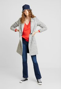 ONLY - ONLASTRID MARIE COAT - Cappotto corto - medium grey melange - 1