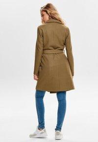 ONLY - ONLREGINA COAT - Zimní kabát - camel - 2