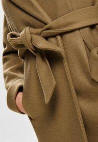 ONLY - ONLREGINA COAT - Zimní kabát - camel - 4